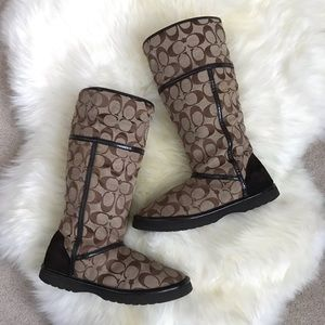 Authentic COACH Logo Winter Boots Shearling-lined